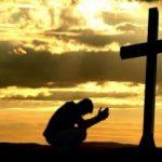 Sondaj: 96% dintre români cred în Dumnezeu, 69% se roagă zilnic