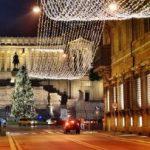 Studiu: Majoritatea românilor își petrece vacanța de Crăciun acasă