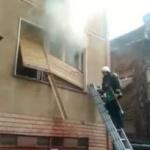 O femeie a murit după ce locuinţa sa a luat foc