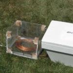 Studenții canadieni au creat un frigider care funcționează fără electricitate.