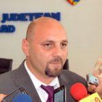 """Întrebarea zilei: """"Câți angajați politic sunt la Compania de Apă Arad?"""""""