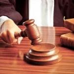Polițiști din Arad, judecați pentru luare de mită