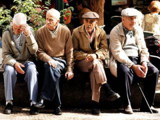 INS: Fenomenul de îmbătrânire demografică s-a accentuat