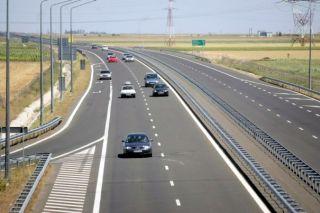 Arădean prins conducând cu peste 220 km/h pe Autostrada A1