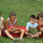 Lecturi pentru copii. Povești citite în aer liber
