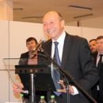 VEZI ce bancuri a spus Băsescu la Arad