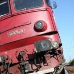 Un tren a lovit un TIR. Traficul feroviar, blocat