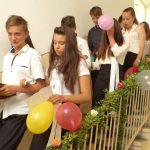 Primim spre publicare: Festivitate de absolvire la școala din Tauţ