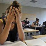 Elevă eliminată de la Bacalaureat. I-a sunat telefonul în examen