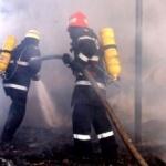 Incendiu urmat de o explozie, la un atelier din Arad