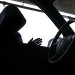 Trei minori din Arad au furat din 16 mașini