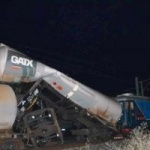 Accident la Gară. O locomotivă a lovit o garnitură de cisterne cu motorină