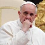 Papa Francisc permite preoţilor catolici să ierte femeile care au făcut avort