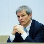 """Dacian Cioloș: """"Nu exclud să mă înscriu într-un partid politic"""""""