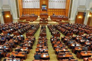 Raport MCV: În România, prevenirea corupţiei continuă să fie îngreunată de evoluţiile politice
