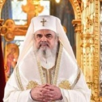 Patriarhul Daniel: Crăciunul este sărbătoarea darurilor spirituale şi materiale