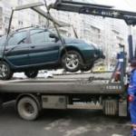 Maşinile parcate pe trotuare sau staţionate neregulamentar pot fi ridicate
