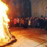 Sârbii din Arad au aprins stejarul în Ajunul Crăciunului