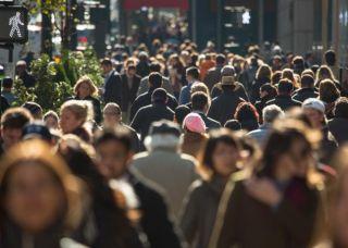 Populaţia rezidentă în România a scăzut până la 19,524 milioane de persoane