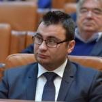 """Glad Varga (PNL): """"PSD pedepsește studenții pentru că au ieșit în stradă"""""""