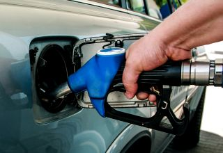 Benzinării noi pe autostrăzile A1 şi A2, cu staţii de reîncărcare pentru maşini electrice