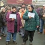 """Protest în Piața Catedralei: """"Nu demolați piața"""""""