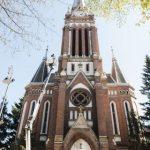 Biserica Roșie din Arad, iluminată arhitectural