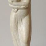 """Exponatul lunii martie la Muzeul de artă – Sculptura """"Maternitate"""""""