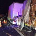 Accident pe autostradă. Un bărbat a murit, alți doi sunt răniți