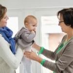 Ce trebuie să faci înainte să-ți lași copilul cu bona acasă pentru prima dată?