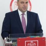 """Adrian Todor: """"Incompetența lui Falcă îngroapă Aradul în gunoaie"""""""