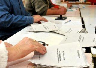 Alegeri parlamentare. ANA EVENTS&PR SRL, acreditată să facă sondaje la ieşirea de la urne