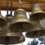 """În lipsa sirenelor de alarmare publică, s-au tras clopotele: """"Le-am tras, dar nu ca la biserică"""""""