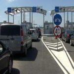 Aglomeraţie la graniţa cu Ungaria, la ieşirea din ţară