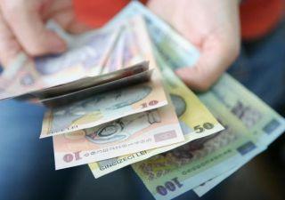 Bucureştenii, clujenii şi timişorenii, cei mai bine plătiţi angajaţi din România