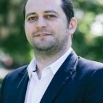 """Răzvan Cadar (PNL): """"Fifor se laudă cu Oltul și critică Aradul"""""""