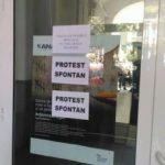 Angajaţii de la Finanţe au reluat protestele