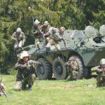 Aradul, tranzitat de militari, vehicule de luptă și elicoptere