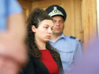 Studenta criminală din Arad va ieși mai repede din închisoare
