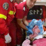 O tânără a născut în mașina SMURD, asistată de paramedici