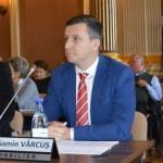 """Beniamin Vărcuş: """"Falcă taie bani de la Educaţie şi Cultură şi îi aruncă pentru spaţii verzi"""""""