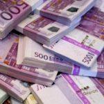 Un poliţist şi alţi trei suspecţi, reţinuţi pentru furtul a 300.000 de euro dintr-un seif dintr-o casă din Pâncota