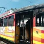 Un tramvai a ars în urma unui scurtcircuit