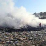 Incendiu la groapa de gunoi din Lipova