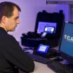 Poliția distribuie ilustrate cu cei mai căutați infractori și cere ajutorul utilizatorilor de internet