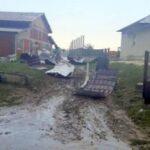 Bani de la Guvern pentru arădenii afectați de furtună