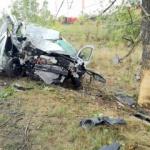 Același șofer a distrus două mașini în două zile