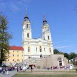 Zi de sărbătoare. Mii de pelerini la Mănăstirea de la Radna