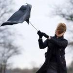 Meteorologii anunţă răcirea vremii şi intensificări ale vântului