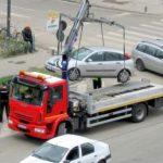 Mașinile parcate neregulamentar sau abandonate, ridicate de pe străzi